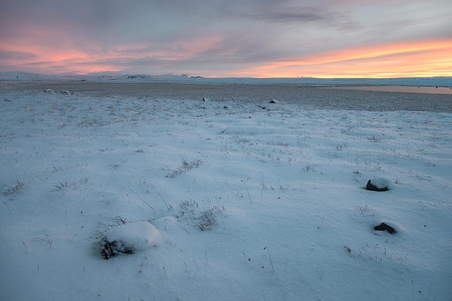 Islandzkie krajobrazy pokryte śniegiem, Islandia