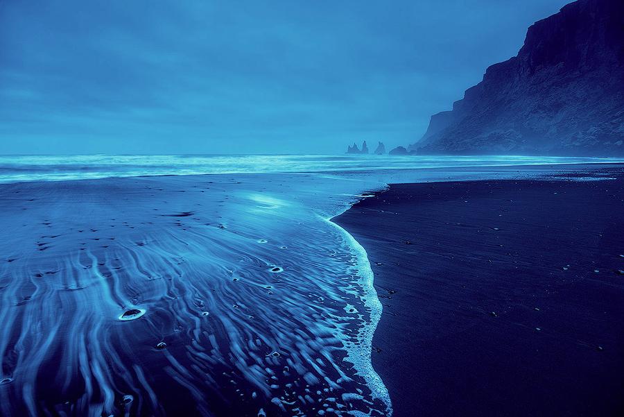 Czarna plaża w Vík í Mýrdal, Islandia