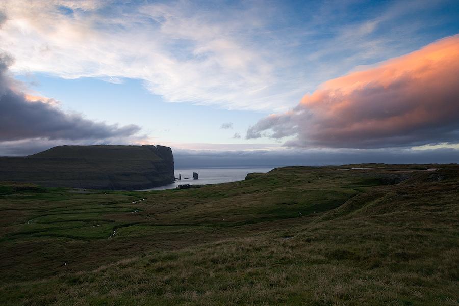 Zachód słońca nad Wyspami Owczymi